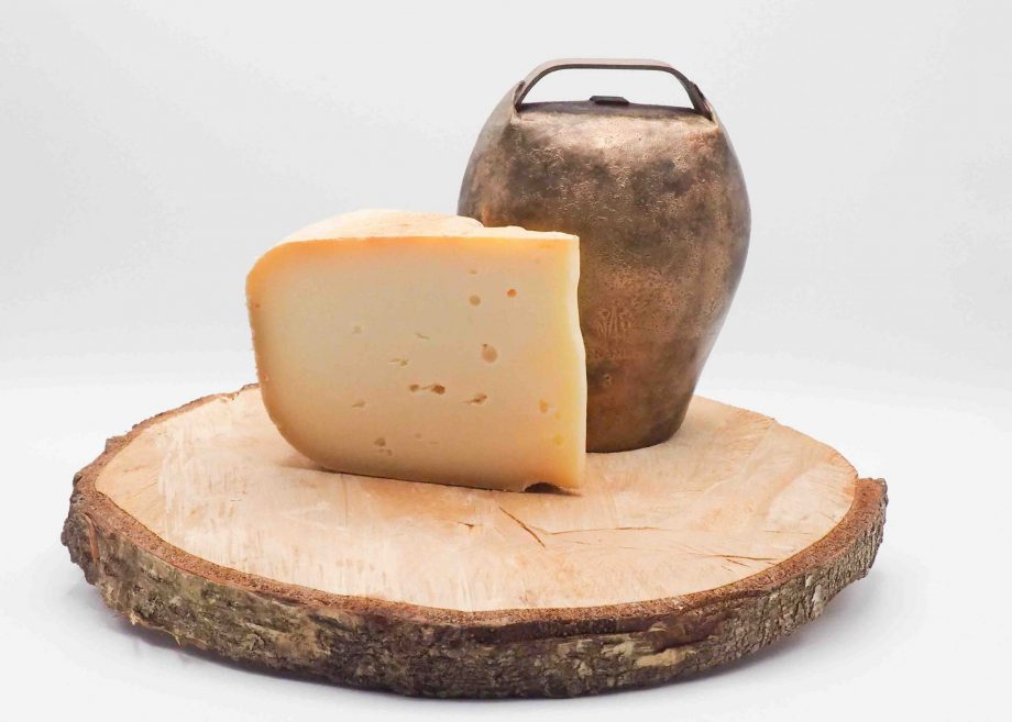 Acheter du fromage de Brebis de qualité en ligne avec notre artisan meilleur ouvrier de France avec livraison