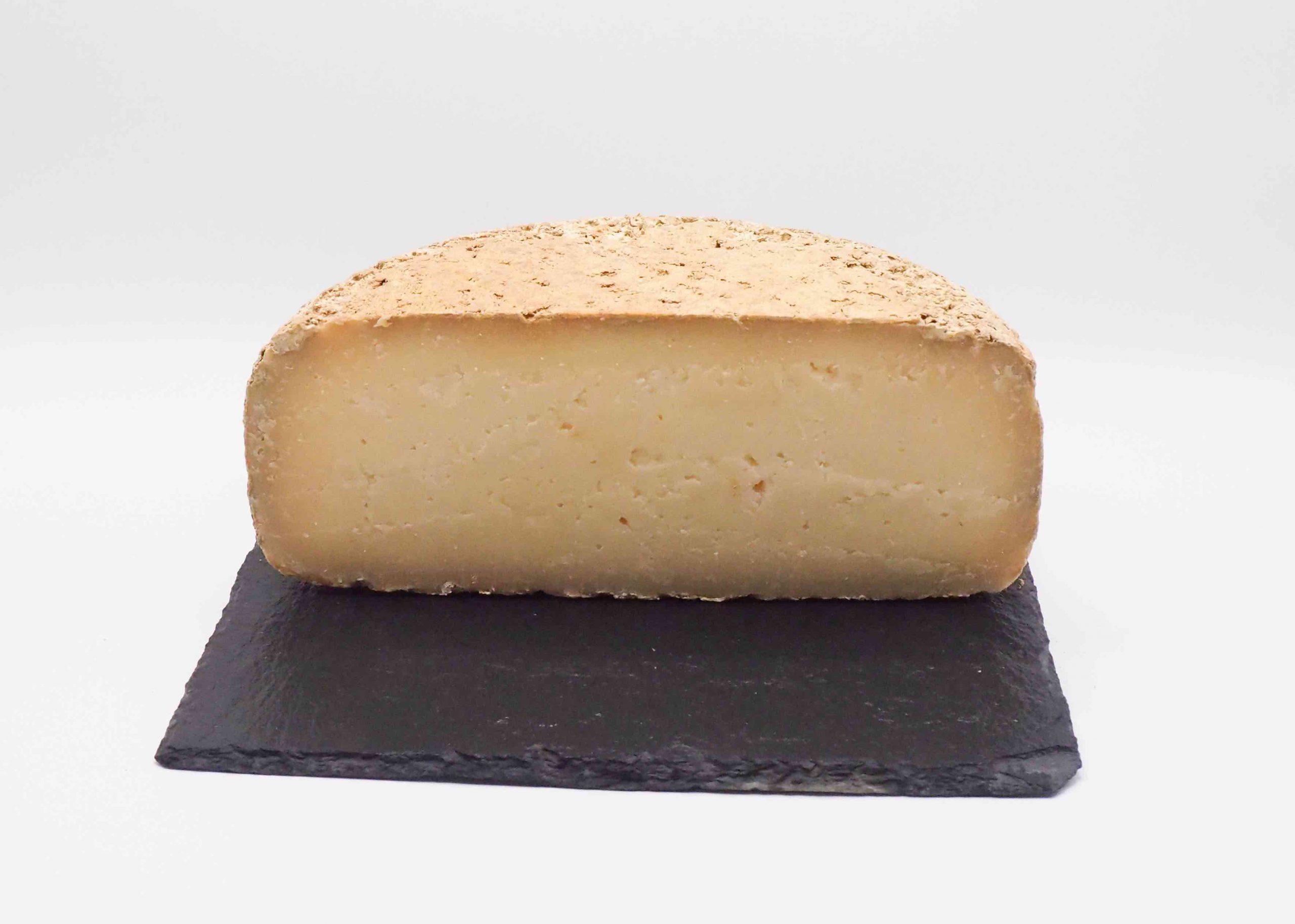 Acheter du fromage de qualité en ligne avec notre artisan meilleur ouvrier de France