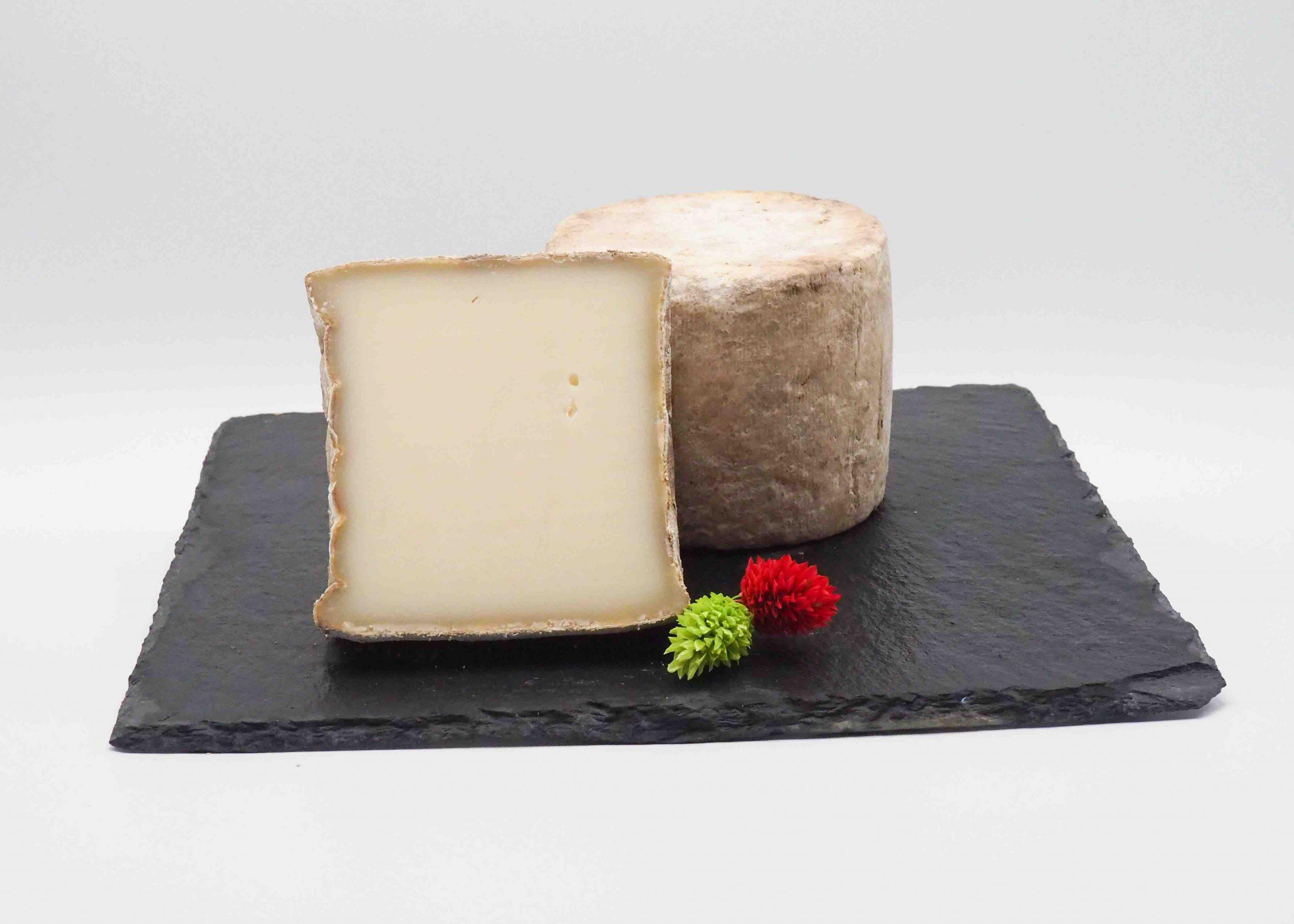 Achat de fromage de Brebis en ligne. Sélection par artisan meilleur ouvrier de France Dominique Bouchait