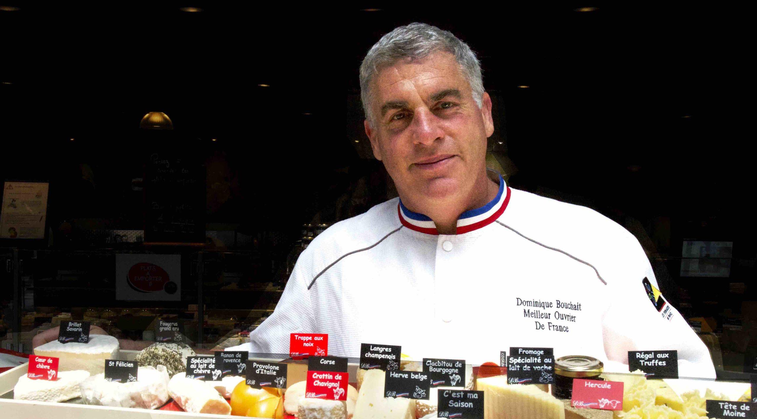Dominique Bouchait à sa boutique restaurant plateau de Fromage